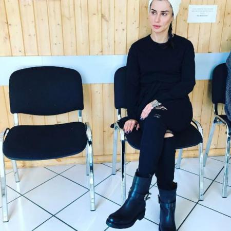 Тина Канделаки ждет приема к врачу