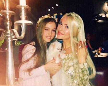 Алена Кравец получила в подарок особняк на Рублевке
