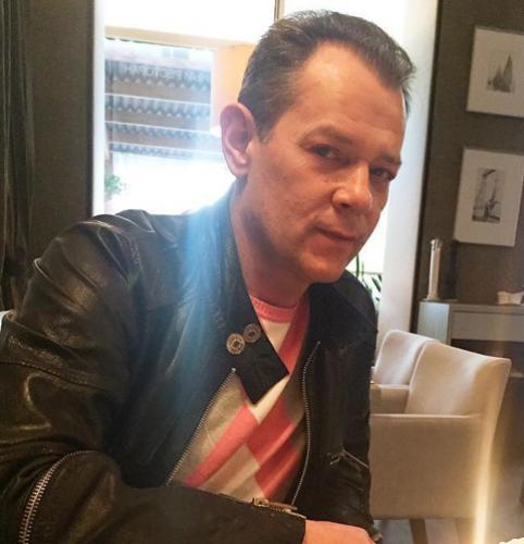 Вадим Казаченко избегает встреч с беременной женой