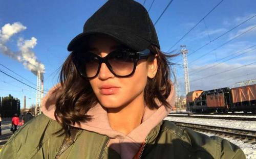 «Голожопая обложка»: Ольга Бузова разделась ради новой песни «Привыкаю»