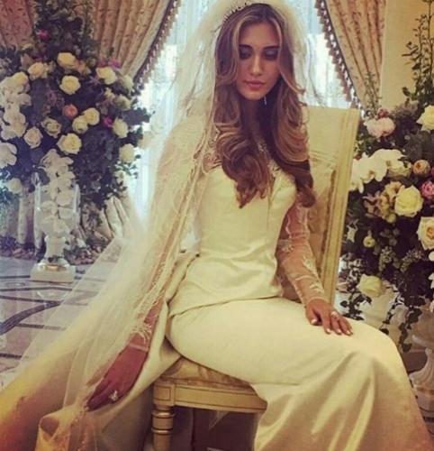 Племянница миллиардера Мусы Бажаева закатила свадьбу в элитном отеле