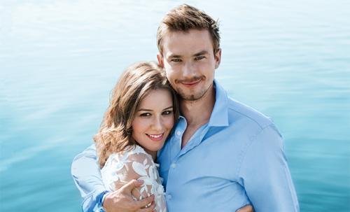 Актеры Александр Петров и Ирина Старшенбаум объявили о свадьбе