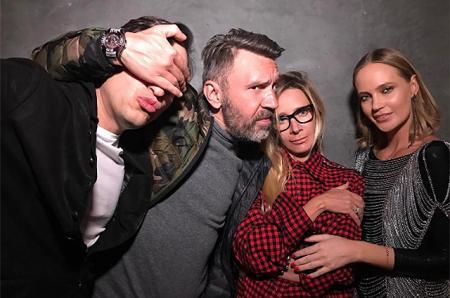 Наталья Ионова, Сергей и Матильда Шнуровы и другие отдыхают вместе в Калифорнии