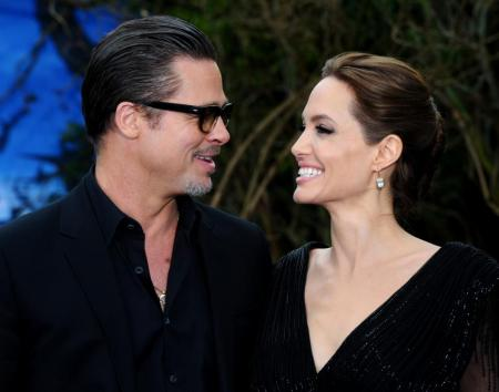 Анджели Джоли вышла в свет после развода со своими детьми