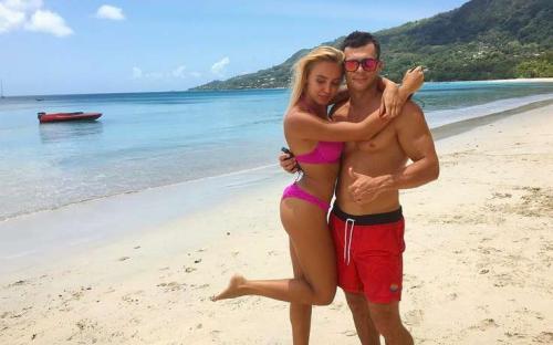 Ваня Барзиков и Лиза Полыгалова поженились – фанаты «Дом-2» со смехом встретили «очередную» невесту