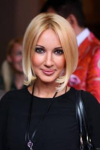 Лера Кудрявцева заявила, что не прибегала к косметическим и пластическим процедурам