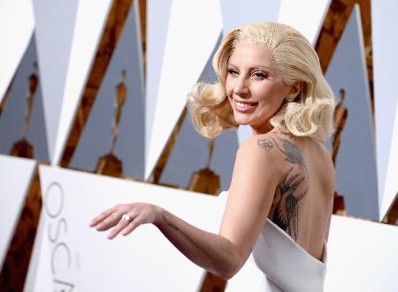Гага вернула бывшему обручальное кольцо. Новая любовь сильнее!
