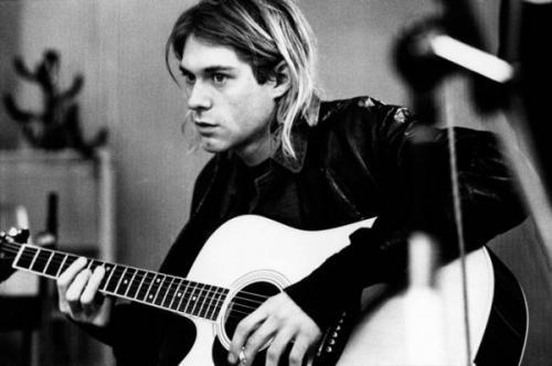 Вокалист группы Nirvana Курт Кобейн мог бы праздновать 50-летие