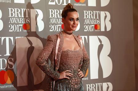 Кэти Перри, Наталья Водянова, Наоми Кэмпбелл, Рита Ора и другие звезды на вручении премии Brit Awards-2017