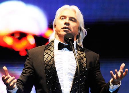Дмитрий Хворостовский отменил ближайшие концерты из-за нового курса лечения