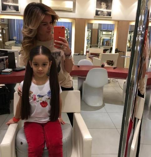 Поклонники восхитились волосами дочери Ксении Бородины