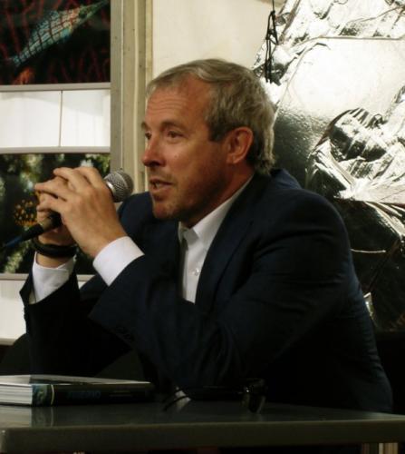 На Андрея Макаревича обиделась школа за обвинения в поборах