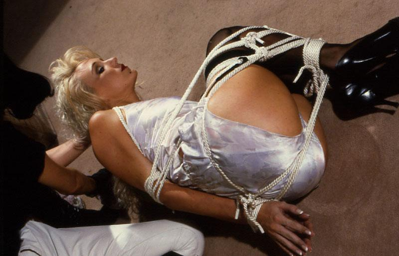 Vintage blonde milf