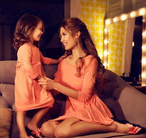 Подписчикам Виктории Бони жалко её бедную дочурку