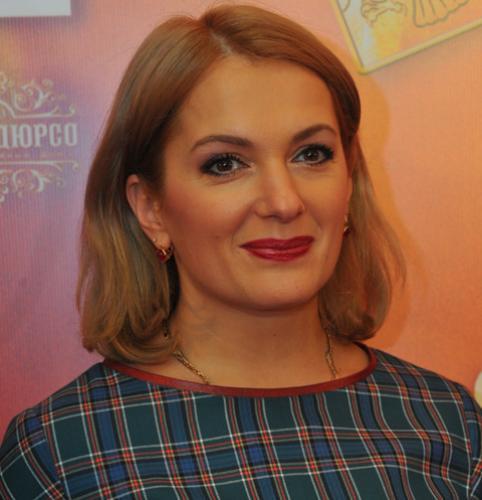 Мария Порошина прервала декрет из-за долгов