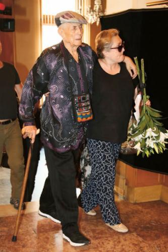 Евгений Евтушенко вместе с супругой Марией Новиковой