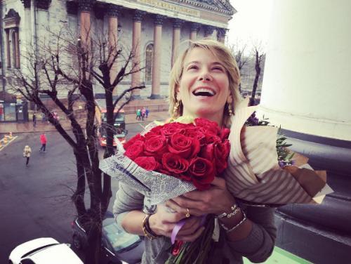 Юлия Высоцкая тронула поклонников совместной фотографией с Андреем Кончаловским