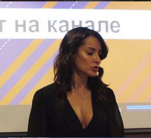 Тина Канделаки соблазнила рекламодателей глубоким декольте