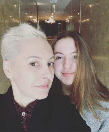 Бывшая жена Михаила Грушевского Ирина с дочкой Дашей