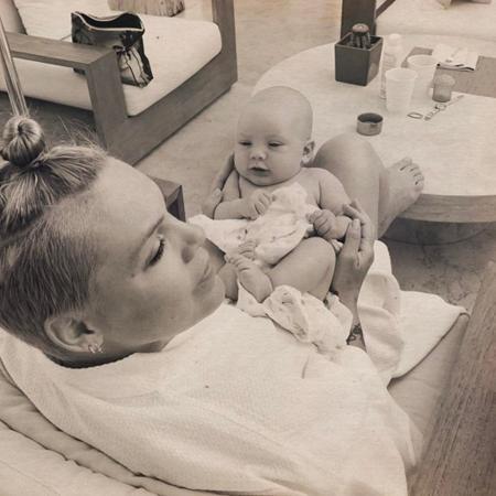 Пинк с сыном