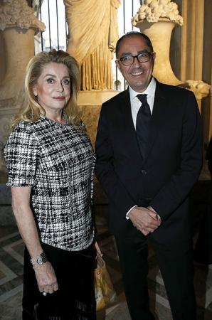 Катрин Денев и директор Лувра Жан-Лук Мартинес
