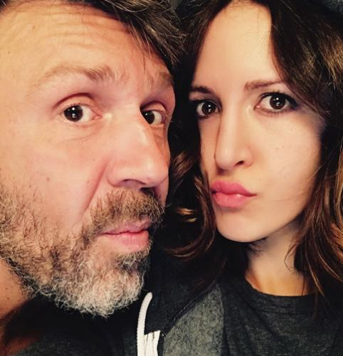 Матильда Шнурова обнародовала интимные фото с супругом