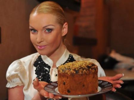 Российские звезды поделились пасхальными рецептами и обычаями