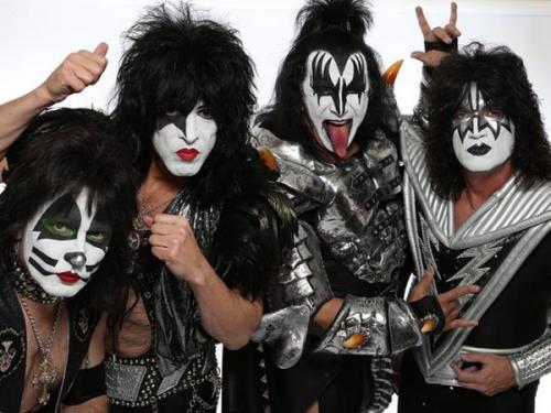 Kiss впервые за 10 лет прибыли в Москву