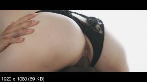 Skye Blue, Angelo Godshack - In Clouds [1080p]